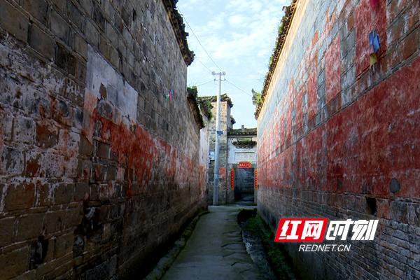 徒步雪峰山⑦丨派对辰溪芦坡红色:乐享古道亲生日别墅布置漫步图片