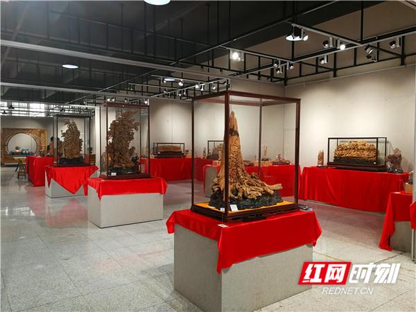 """""""匠心""""——欧玉锋,黄世建木雕工艺作品展在长沙开幕图片"""