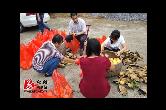 户帮户 亲帮亲 | 湘潭·湘乡:贫困户黄桃滞销 金联爱心购买助力扶贫