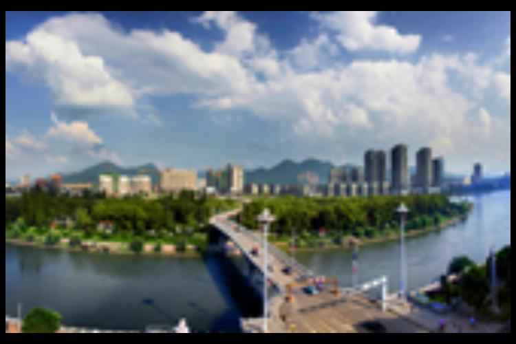 """[新闻直播间]湖南 回应长途汽车""""宰客""""调查 启动长途客运服务点整治行动"""