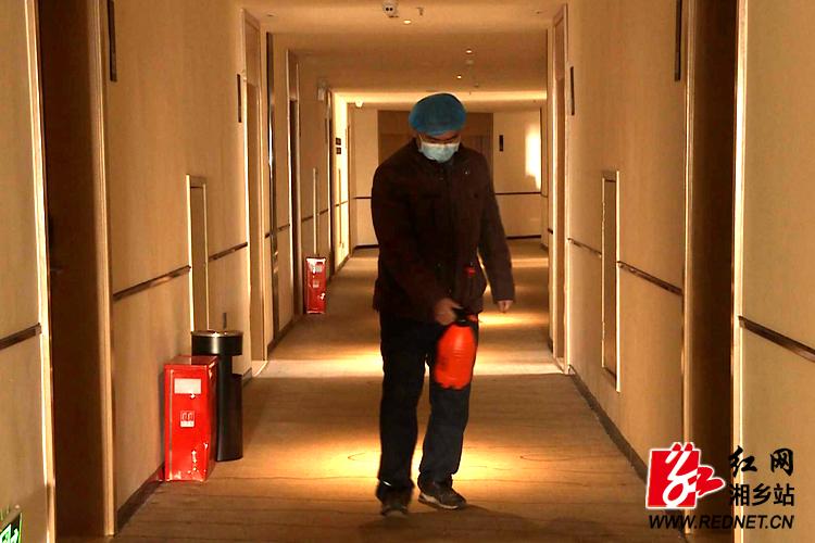 【防控疫情 我们在一起】湘乡开放定点宾馆 让湖北旅客有家有爱有温暖