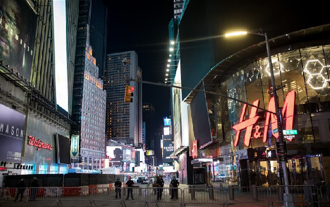 组图丨美国抗议和骚乱进入第七天 纽约实行宵禁