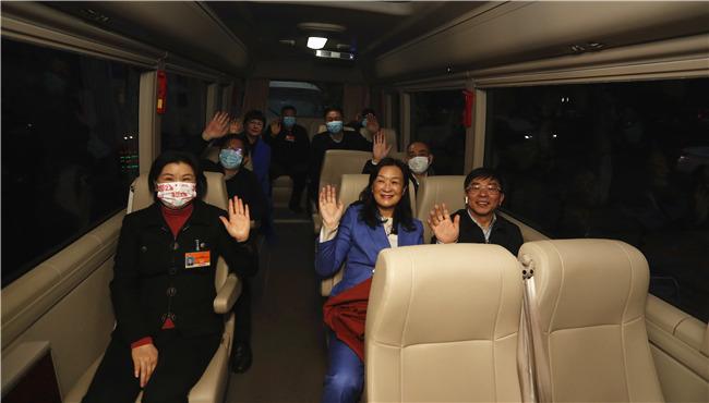 组图丨北京!住湘全国政协委员来了