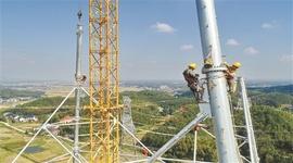 长沙县:高空组塔
