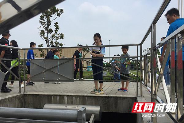 长沙花桥污水处理厂向公众开放 看生活污水流向何方
