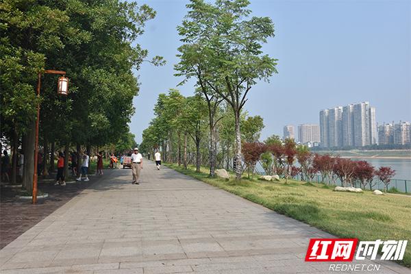 益阳构建四级河长制改善绿色生态环境