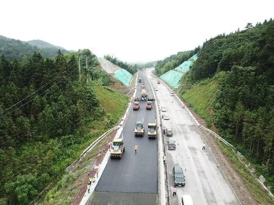 好消息!马安高速将开始沥青摊铺,有望2018年底建成通车