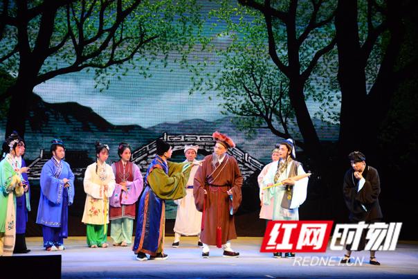 桂阳:传承复排经典剧目 湘剧《十五贯》首演