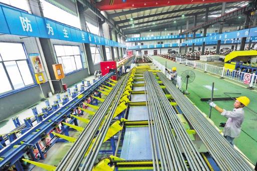 """长沙地铁6号线首次采用钢筋""""工厂化""""集中加工 减少占道施工"""