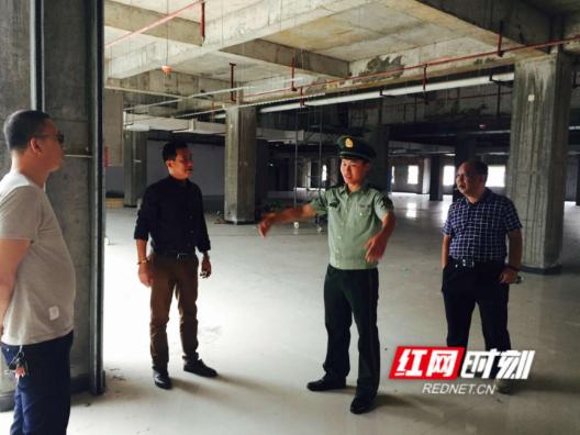 洪江市商粮局开展安全生产大检查