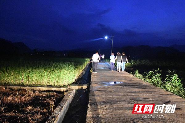 夜宿农家| 奎溪河畔话丰年 春风吹进农家院