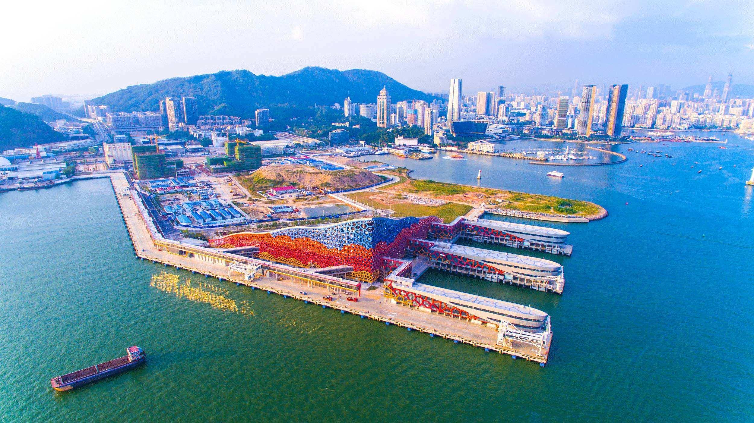 中国服务进口将更加开放和稳定发展
