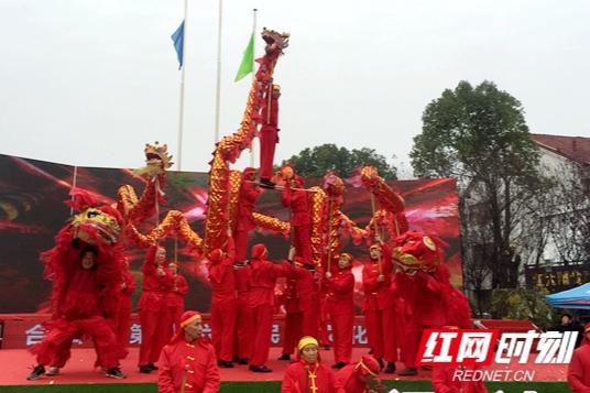 歌咏改革开放40年 临澧合口举办民俗文化艺术节
