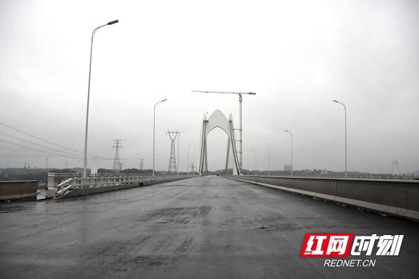 湘潭市白云路和昭华湘江大桥达到通车条件 预计春节前通车