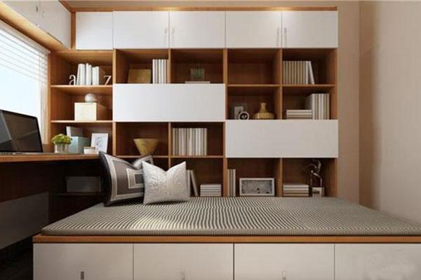 装修宝典:卧室做成榻榻米实用吗?