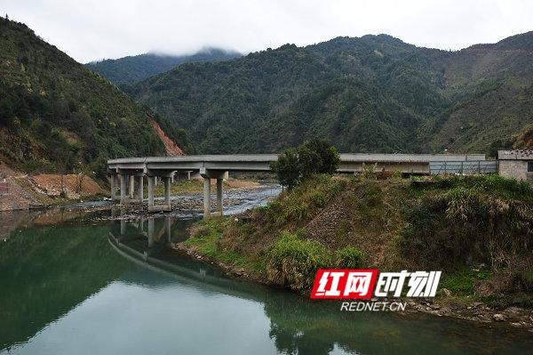 江华355省道2018年完成产值3亿余元