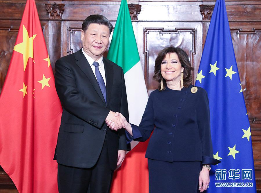 习近平会见意大利参议长卡塞拉蒂