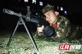 """组图丨常德:武警机枪手集训 上演现实版""""绝地求生"""""""