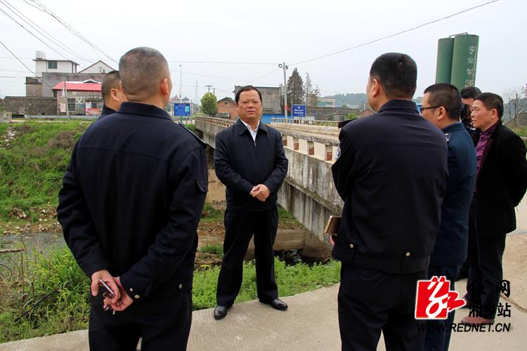 湘乡加强道路交通隐患治理  筑牢交通安全防线