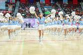 SNH48 GROUP偶像运动会?#29468;?#33853;幕 百名少女同唱《加油女孩》