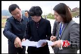 不打招呼、直击现场,湘潭市长张迎春到月山镇白龙村…
