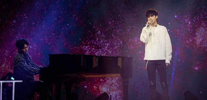 《我是唱作人》汪苏泷深情演绎原创歌曲《古怪》感动听众