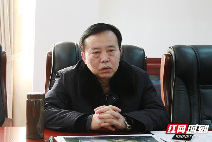 赵荣调研能源大发麻将综合服务站项目