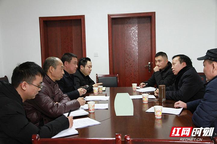 【阳光检察】赵荣调研奇峰市场改造项目
