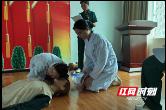 """武陵区40余名青年护理能手专业课上""""显身手"""""""