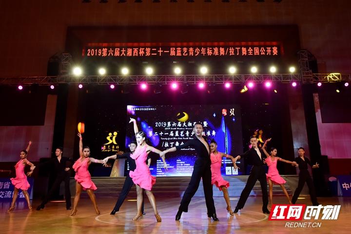 舞动张家界 带给你新时代不一样的湖湘文化