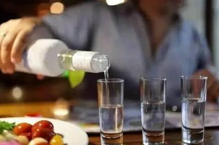 清明节写给喝酒的爸爸(外一首)