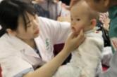 长沙东屯渡街道社区卫生服务中心联合凯歌健康举办大型义诊