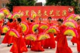 冷水江市:平安创建·综治民调巡回演出拉开序幕