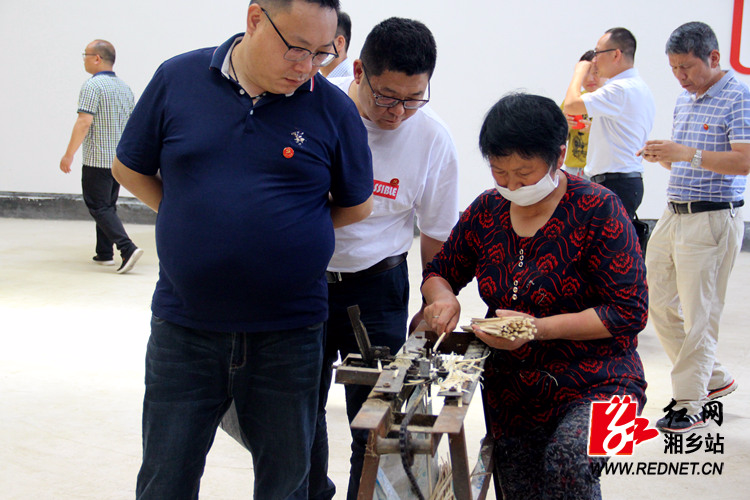 """帮扶培训""""接地气"""" 湘潭市驻村办组织学员来我市现场教学"""