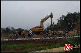 自然资源局:优化人居环境 泉塘镇红仑线两侧4户违法建筑被拆