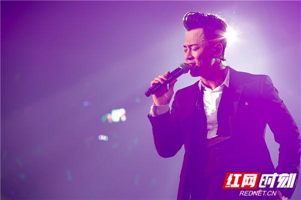 林峯Heart Attack巡回演唱会。