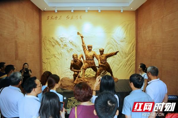 星火燎原。说明:拍摄于中国工农红军在桂东革命活动陈列馆。.jpg