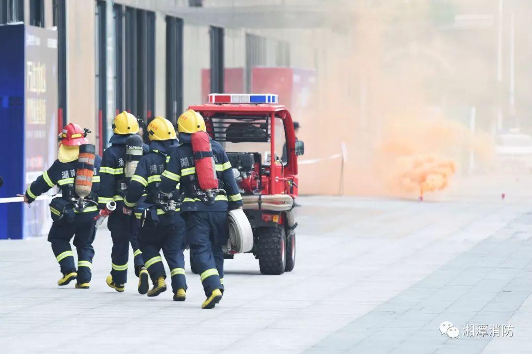 湘潭市消防支队关于招聘消防执勤车驾驶员及战斗员的公告