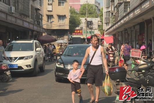 """【曝光台】""""脏乱差"""" 县城百花农贸市场环境还是老样子"""