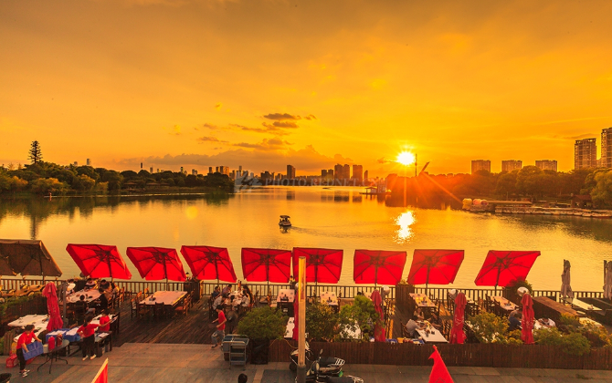 红图|夕照月湖