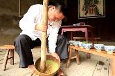 擂棍飞旋茶飘香(高佩山)