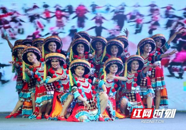 """""""我们的新时代""""群众舞蹈大赛湖南赛区决赛落幕"""