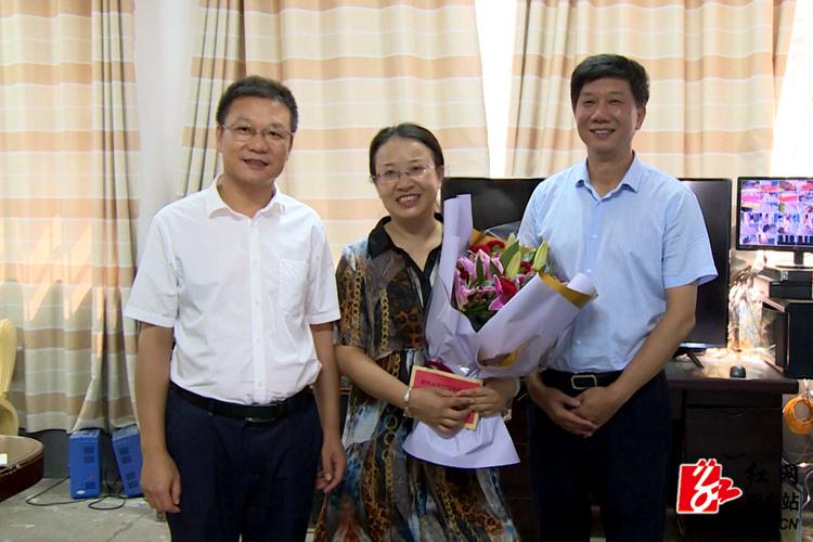 【第35个教师节】周俊文看望慰问一线教师和退休教师