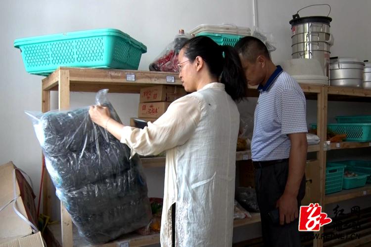 湘乡开展秋季校园食品安全专项检查