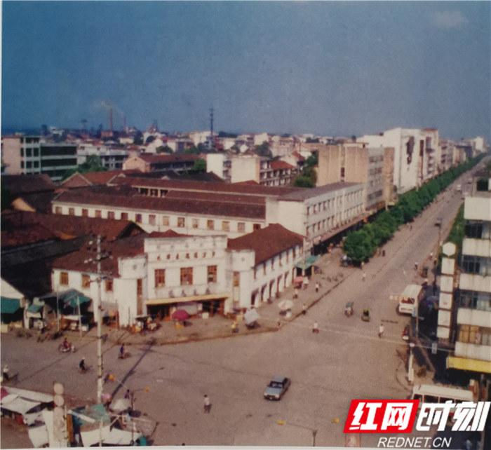 壮丽70年| 汨罗:高泉山上长出一座城