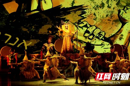 《生养之地》首演,新民族音乐秀亮相张家界