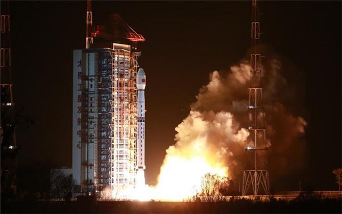 我國成功發射高分十號衛星