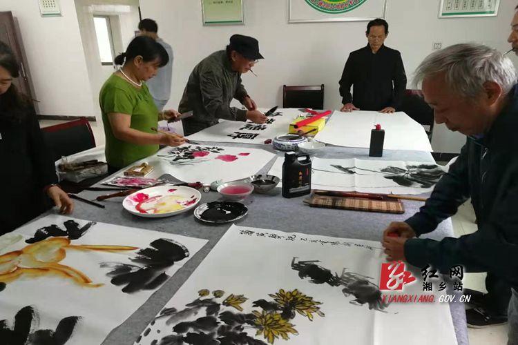 梅桥镇:举办多样活动欢庆重阳节