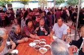 户帮户 亲帮亲   湘潭·湘乡:企业爱心捐助,营造帮贫助老的社会氛围