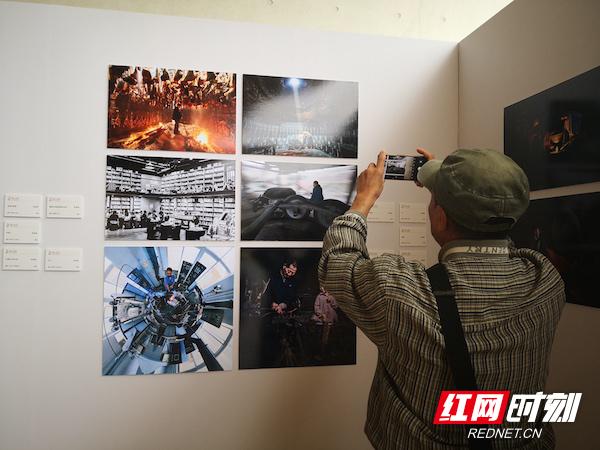 """""""中国梦·劳动美""""第六届全国职工摄影展全国巡展在长开幕"""